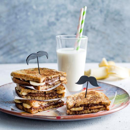 Croque-monsieur aux bananes et à la pâte à tartiner au chocolat